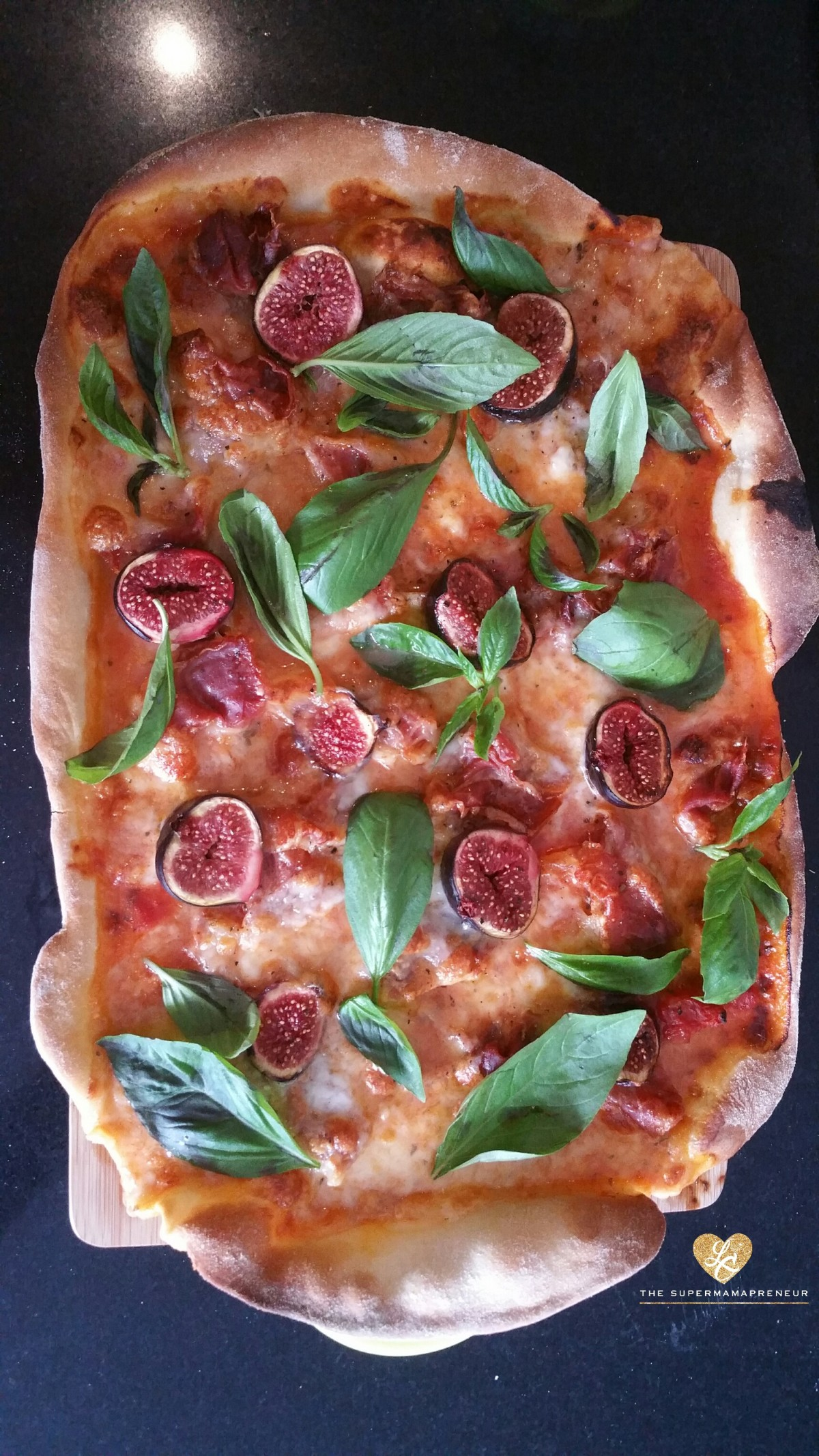Kitchen & Kids: Fig, Prosciutto & Mozzarella Pizza